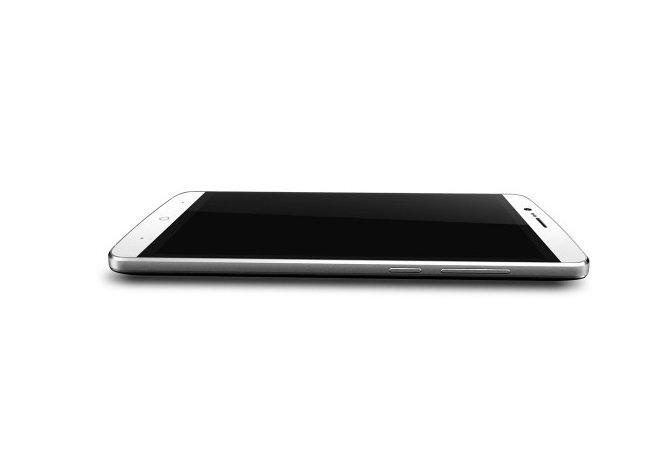 Elephone P8000: 5,5 Zoll Smartphone mit Akkukapazität von 4.200 mAh vorgestellt 1