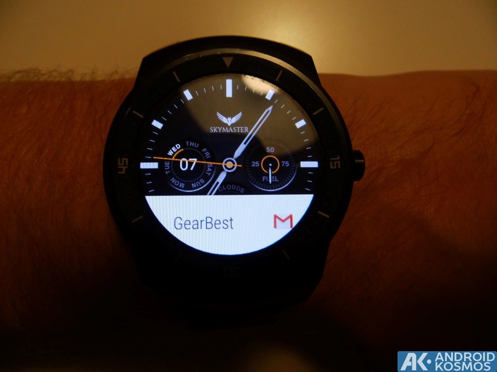 "Test / Review: LG G Watch R Smartwatch - ""Eine absolut runde Sache"" 34"