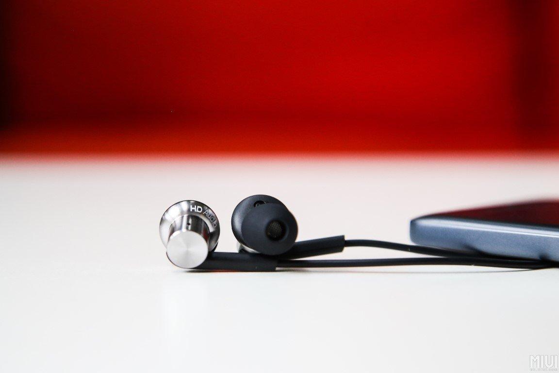 Xiaomi zeigt neue Hybrid Dual Audio (Piston 4) In-Ear Kopfhörer 11