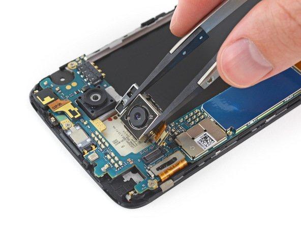 LG G5 erhält von iFixit sehr gute 8 von 10 möglichen Punkte und lässt sich leicht reparieren 14