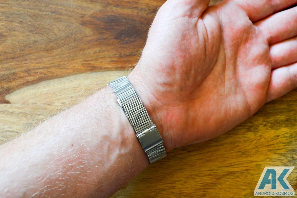 Mi Band 2 Ersatzarmbänder aus Metall und Kunstleder getestet 19