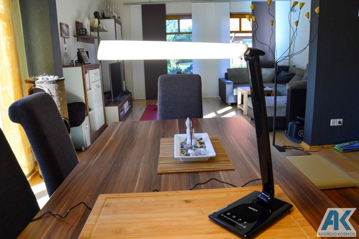 Test / Review: Aukey Desktop LED-Lampe und USB-Hub 7