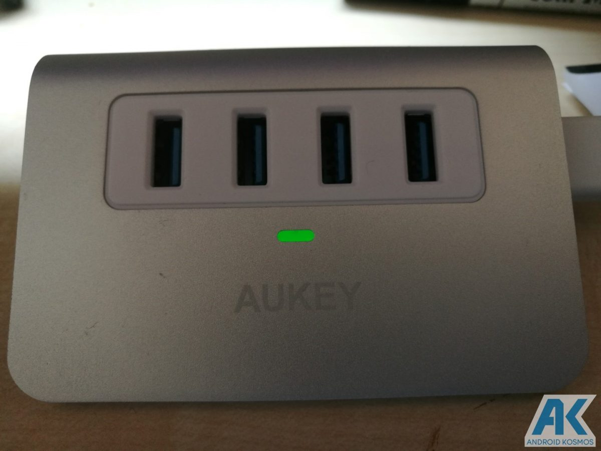 Test / Review: Aukey Desktop LED-Lampe und USB-Hub 22