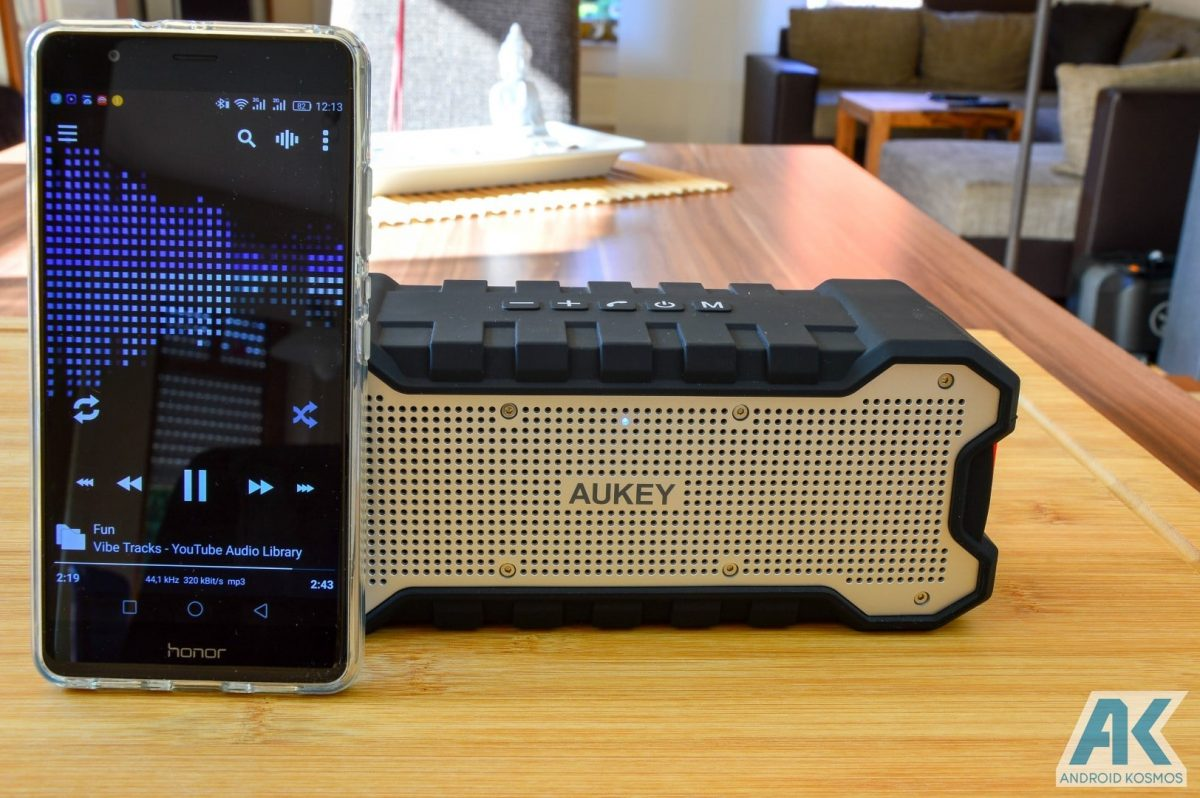 Test / Review: Aukey SK-M12 – robuster Bluetooth Lautsprecher | AndroidKosmos image 16