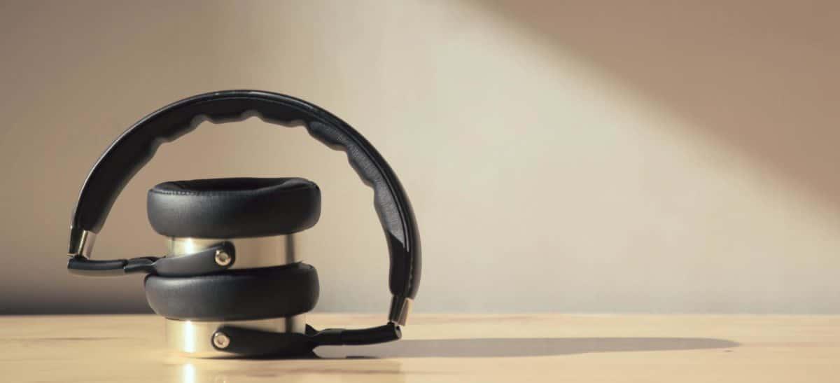 headphone 10