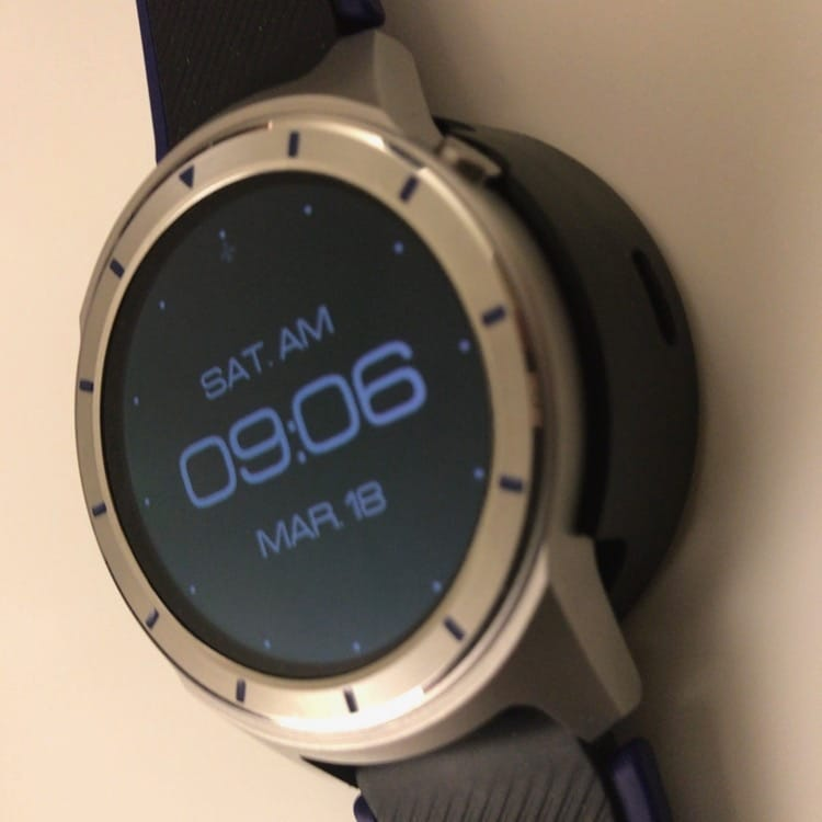 ZTE Quartz: erste Fotos und technische Daten der Smartwatch aufgetaucht 3