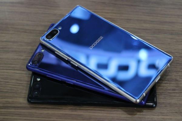 Kampf der Mi MIX Klone: Randlose Smartphones von Blueboo und Doogee 14
