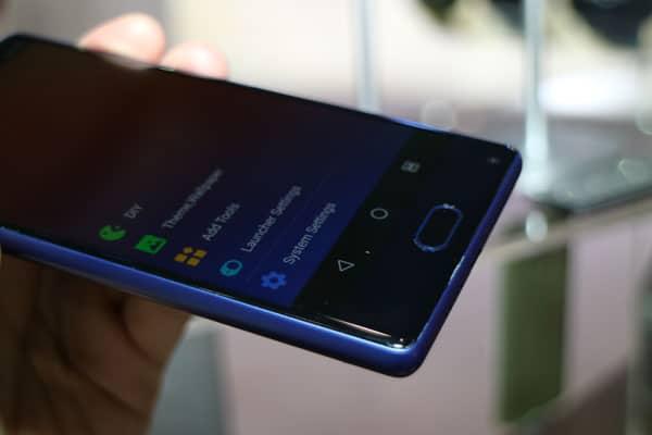 Kampf der Mi MIX Klone: Randlose Smartphones von Blueboo und Doogee 16
