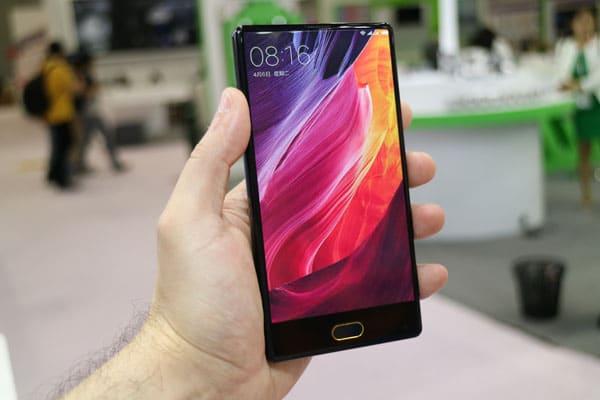 Kampf der Mi MIX Klone: Randlose Smartphones von Blueboo und Doogee 1