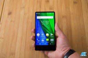 Maze Alpha Test: randloses, riesiges und sehr günstiges Smartphone 101