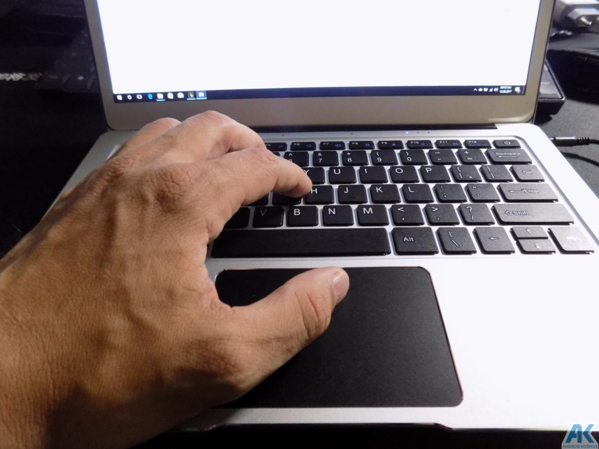 Ezbook 3 Pro im Test - Low Budget 13.3 Notebook mit edlem Gehäuse 31