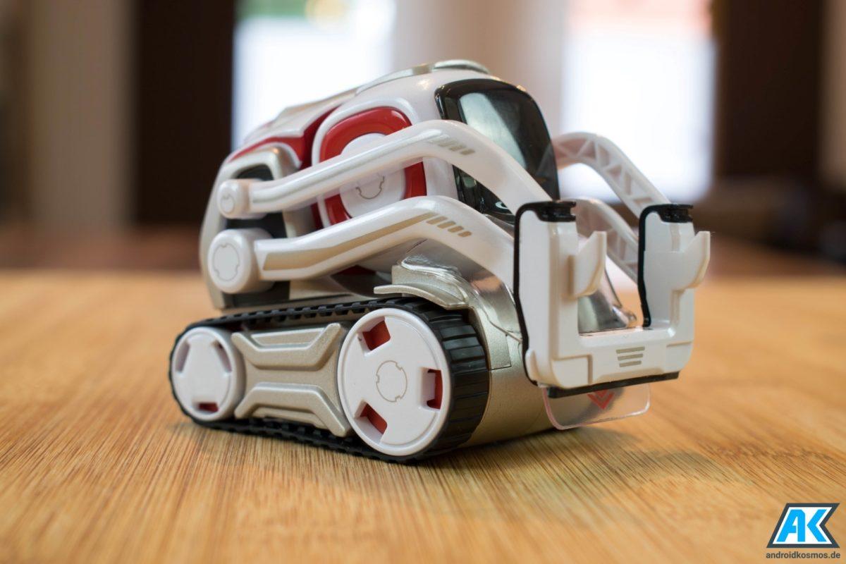 Anki Cozmo Test: Der knuffige Spielzeugroboter mit eigener KI 13