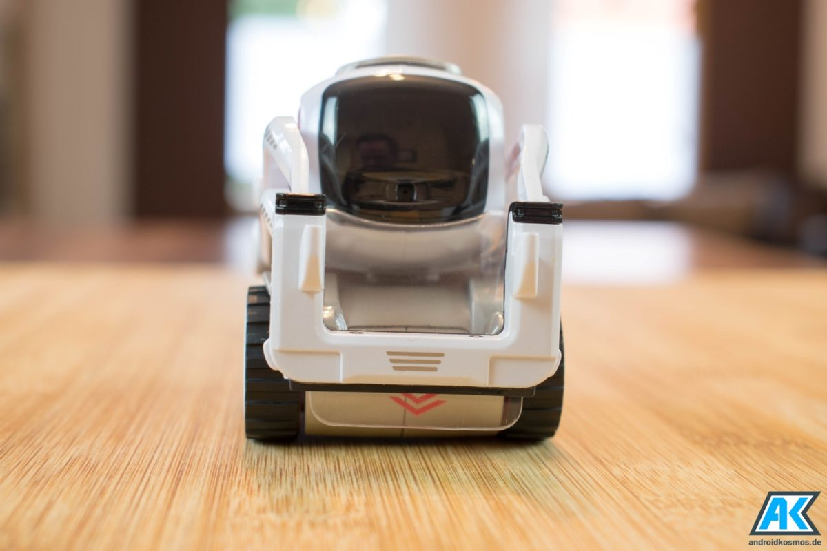 Anki Cozmo Test: Der knuffige Spielzeugroboter mit eigener KI 14