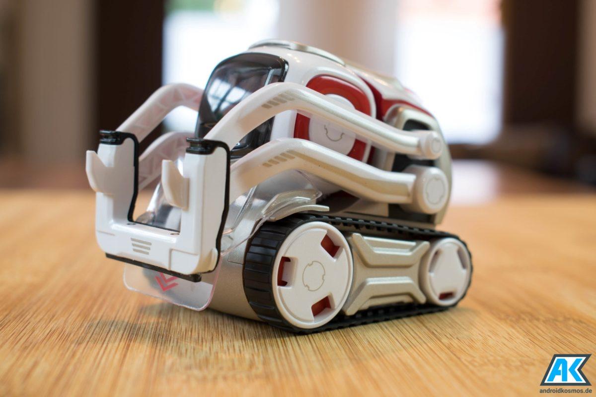 Anki Cozmo Test: Der knuffige Spielzeugroboter mit eigener KI 15