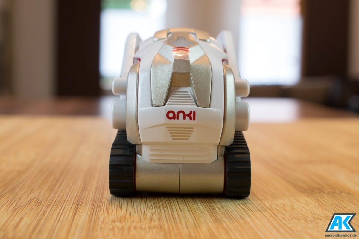 Anki Cozmo Test: Der knuffige Spielzeugroboter mit eigener KI 17
