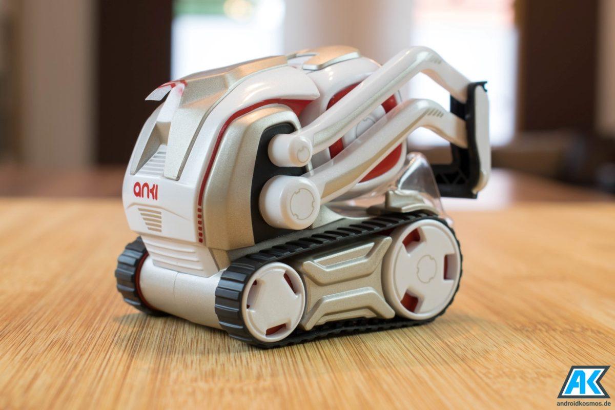 Anki Cozmo Test: Der knuffige Spielzeugroboter mit eigener KI 12