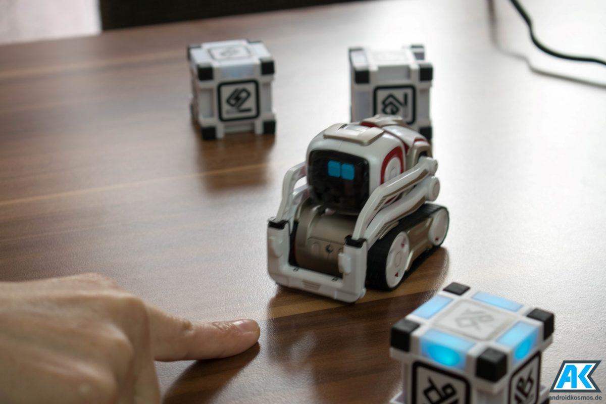 Anki Cozmo Test: Der knuffige Spielzeugroboter mit eigener KI 51