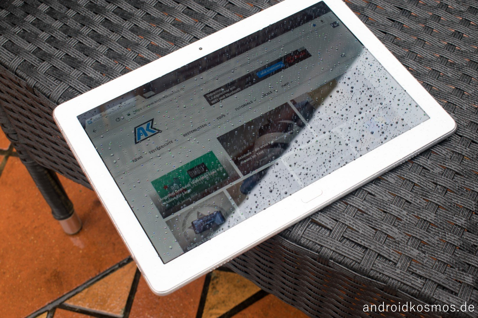 AndroidKosmos Honor Waterplay 2104